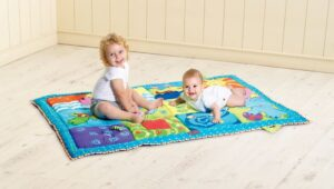 Non toxic floor play mat