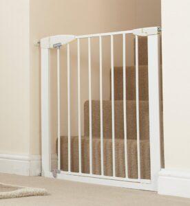 Munchkin Easy-Close Gate Design