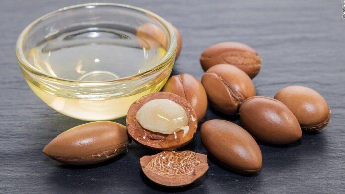 Use argan oil for baby hair