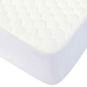 BlueSnail-Waterproof-Quilted-Mattress-Cover